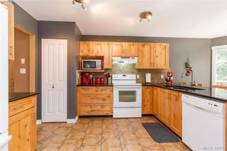 Photo 7: 2895 Cudlip Rd in SHAWNIGAN LAKE: ML Shawnigan House for sale (Malahat & Area)  : MLS®# 795163