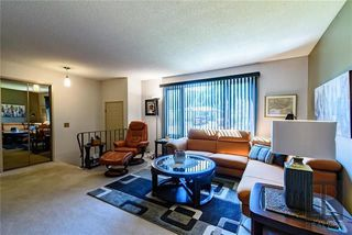 Photo 3: 3 McMurray Bay in Winnipeg: Bright Oaks Residential for sale (2C)  : MLS®# 1822888