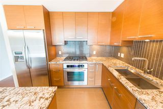 "Photo 7: 1003 6188 WILSON Avenue in Burnaby: Metrotown Condo for sale in ""Jewels 1"" (Burnaby South)  : MLS®# R2314151"