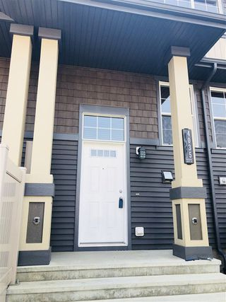 Main Photo: 4035 Orchards Drive in Edmonton: Zone 53 Townhouse for sale : MLS®# E4139578