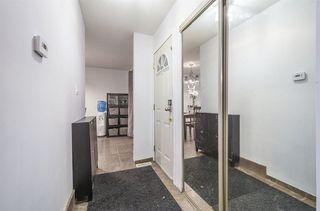 Photo 3: 5632 148 Street in Edmonton: Zone 14 Townhouse for sale : MLS®# E4139909