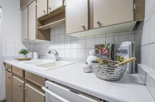 Photo 10: 5632 148 Street in Edmonton: Zone 14 Townhouse for sale : MLS®# E4139909