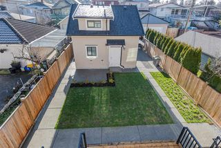 Photo 19: 2722 GRANT Street in Vancouver: Renfrew VE House for sale (Vancouver East)  : MLS®# R2333249
