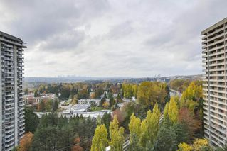 "Photo 12: 1802 3771 BARTLETT Court in Burnaby: Sullivan Heights Condo for sale in ""TIMBERLEA"" (Burnaby North)  : MLS®# R2349425"
