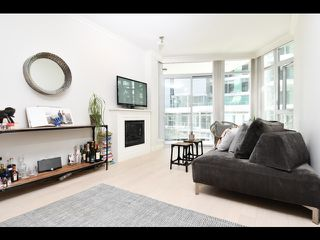 "Main Photo: 208 199 VICTORY SHIP Way in North Vancouver: Lower Lonsdale Condo for sale in ""Trophy at the Pier"" : MLS®# R2352174"