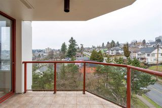"Photo 19: 1005 220 ELEVENTH Street in New Westminster: Uptown NW Condo for sale in ""QUEENS COVE"" : MLS®# R2352993"