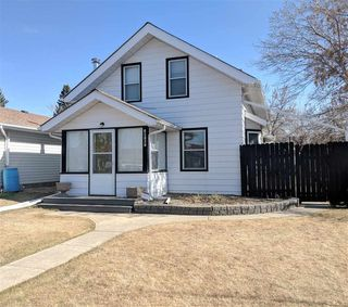 Photo 1: 10107 106 Street: Westlock House for sale : MLS®# E4150084
