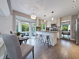 Photo 3: 13923 PARKLAND Boulevard SE in Calgary: Parkland Detached for sale : MLS®# C4237487