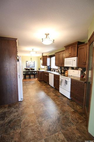 Photo 13: 11 Conlin Drive in Swift Current: South West SC Residential for sale : MLS®# SK765972