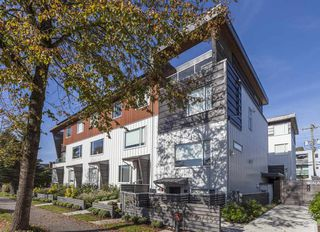 Photo 18: 221 455 E 16TH Avenue in Vancouver: Mount Pleasant VE Townhouse for sale (Vancouver East)  : MLS®# R2357865