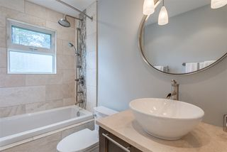 Photo 12: 2402 LAURALYNN Drive in North Vancouver: Westlynn House for sale : MLS®# R2359905