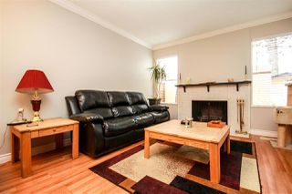 """Photo 2: 45 9380 128 Street in Surrey: Queen Mary Park Surrey Townhouse for sale in """"SURREY MEADOWS"""" : MLS®# R2361495"""