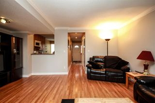 """Photo 3: 45 9380 128 Street in Surrey: Queen Mary Park Surrey Townhouse for sale in """"SURREY MEADOWS"""" : MLS®# R2361495"""