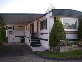 "Main Photo: 113 1840 160 Street in Surrey: King George Corridor Manufactured Home for sale in ""BREAK AWAY BAYS"" (South Surrey White Rock)  : MLS®# R2363968"