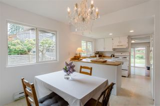 """Photo 4: 738 MAPLEWOOD Lane in Gibsons: Gibsons & Area House for sale in """"Maplewood"""" (Sunshine Coast)  : MLS®# R2369805"""