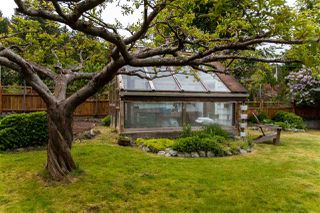 """Photo 19: 738 MAPLEWOOD Lane in Gibsons: Gibsons & Area House for sale in """"Maplewood"""" (Sunshine Coast)  : MLS®# R2369805"""