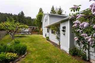 """Photo 17: 738 MAPLEWOOD Lane in Gibsons: Gibsons & Area House for sale in """"Maplewood"""" (Sunshine Coast)  : MLS®# R2369805"""