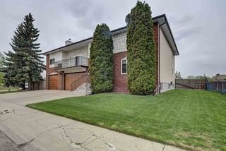 Photo 2: 31 STIRLING Road in Edmonton: Zone 27 House for sale : MLS®# E4158812