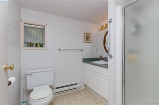 Photo 16: 170 Bushby Street in VICTORIA: Vi Fairfield West Single Family Detached for sale (Victoria)  : MLS®# 411649
