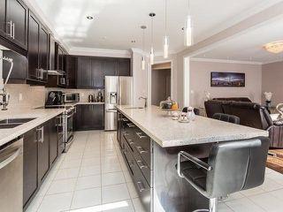 Photo 5: 65 Humberstone Crescent in Brampton: Northwest Brampton House (2-Storey) for sale : MLS®# W4487995