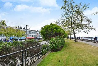 "Photo 16: 206 14881 MARINE Drive: White Rock Condo for sale in ""Driftwood Arms"" (South Surrey White Rock)  : MLS®# R2381349"