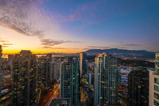 "Photo 8: 3008 1239 W GEORGIA Street in Vancouver: Coal Harbour Condo for sale in ""Venus"" (Vancouver West)  : MLS®# R2418715"