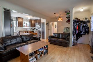 Photo 2: 9320 85 Street in Edmonton: Zone 18 House for sale : MLS®# E4208362