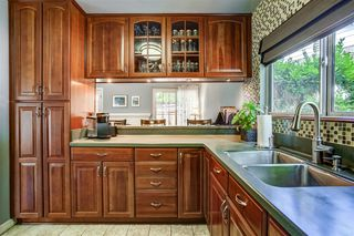 Photo 7: SAN DIEGO House for sale : 4 bedrooms : 5640 Campanile Way