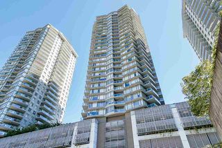 """Main Photo: 1010 892 CARNARVON Street in New Westminster: Downtown NW Condo for sale in """"Azure Tower 2"""" : MLS®# R2499252"""