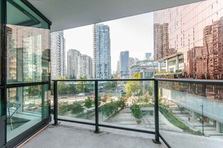 """Photo 16: 622 68 SMITHE Street in Vancouver: Downtown VW Condo for sale in """"ONE PACIFIC"""" (Vancouver West)  : MLS®# R2506196"""