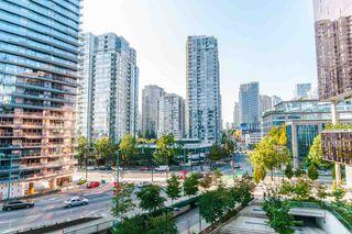 """Photo 1: 622 68 SMITHE Street in Vancouver: Downtown VW Condo for sale in """"ONE PACIFIC"""" (Vancouver West)  : MLS®# R2506196"""