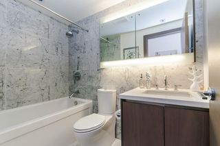 """Photo 14: 622 68 SMITHE Street in Vancouver: Downtown VW Condo for sale in """"ONE PACIFIC"""" (Vancouver West)  : MLS®# R2506196"""