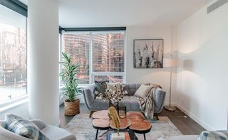 """Photo 8: 622 68 SMITHE Street in Vancouver: Downtown VW Condo for sale in """"ONE PACIFIC"""" (Vancouver West)  : MLS®# R2506196"""