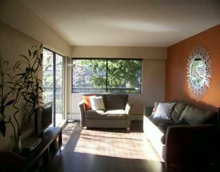 "Photo 2: 211 2330 MAPLE ST in Vancouver: Kitsilano Condo for sale in ""MAPLE GARDENS"" (Vancouver West)  : MLS®# V575448"