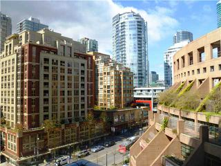 "Photo 1: 907 788 HAMILTON Street in Vancouver: Downtown VW Condo for sale in ""TV TOWERS"" (Vancouver West)  : MLS®# V885261"
