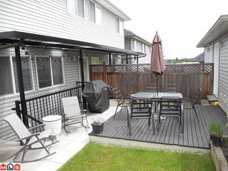 "Photo 10: 16506 60TH Avenue in Surrey: Cloverdale BC House 1/2 Duplex for sale in ""CONCERTO"" (Cloverdale)  : MLS®# F1113657"