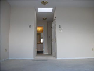 Photo 4: # 402 1099 E BROADWAY BB in Vancouver: Mount Pleasant VE Condo for sale (Vancouver East)  : MLS®# V942713