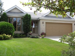 Photo 1: 20 Hajes Place in Winnipeg: Fort Garry / Whyte Ridge / St Norbert Single Family Detached for sale (South Winnipeg)  : MLS®# 1216996