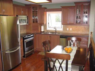 Photo 5: 20 Hajes Place in Winnipeg: Fort Garry / Whyte Ridge / St Norbert Single Family Detached for sale (South Winnipeg)  : MLS®# 1216996