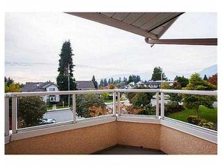 "Photo 9: # 4 261 W 16TH ST in North Vancouver: Central Lonsdale Townhouse for sale in ""LIONS VIEW COURT"" : MLS®# V1041791"
