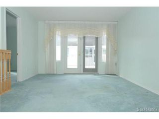 Photo 3: 1555 WASCANA VILLA Road in Regina: Arnhem Place Condominium for sale (Regina Area 03)  : MLS®# 490649