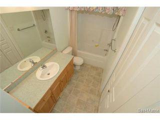 Photo 16: 1555 WASCANA VILLA Road in Regina: Arnhem Place Condominium for sale (Regina Area 03)  : MLS®# 490649