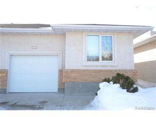 Photo 1: 1555 WASCANA VILLA Road in Regina: Arnhem Place Condominium for sale (Regina Area 03)  : MLS®# 490649