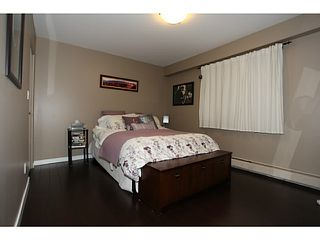 "Photo 6: 106 1544 FIR Street: White Rock Condo for sale in ""Juniper Arms"" (South Surrey White Rock)  : MLS®# F1407253"