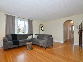 Photo 15: 37 S Church Street in Clarington: Orono House (Bungalow) for sale : MLS®# E3076063