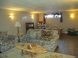 Photo 11: 520 Wellington Crescent in DAUPHIN: Manitoba Other Residential for sale : MLS®# 1500614