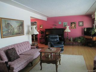 Photo 5: 520 Wellington Crescent in DAUPHIN: Manitoba Other Residential for sale : MLS®# 1500614