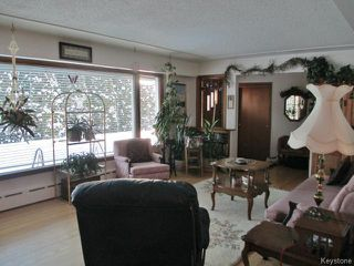 Photo 6: 520 Wellington Crescent in DAUPHIN: Manitoba Other Residential for sale : MLS®# 1500614
