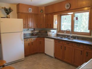 Photo 2: 520 Wellington Crescent in DAUPHIN: Manitoba Other Residential for sale : MLS®# 1500614