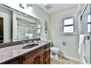 "Photo 15: 14410 CHARTWELL Drive in Surrey: Bear Creek Green Timbers House for sale in ""CHARTWELL"" : MLS®# F1439032"